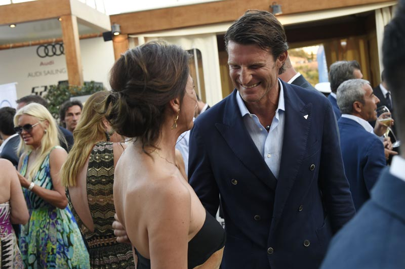 Giovanna Vitelli and Jan Pachner Secretary General YCCS.jpg