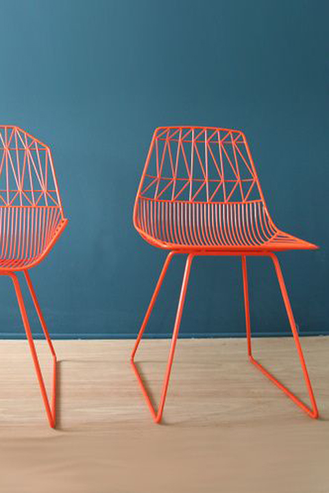 Bend wire chair.