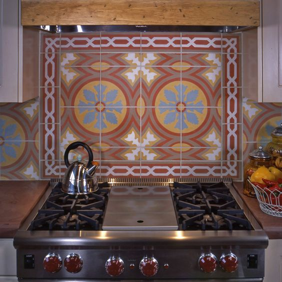 Custom kitchen backsplash by Statements.