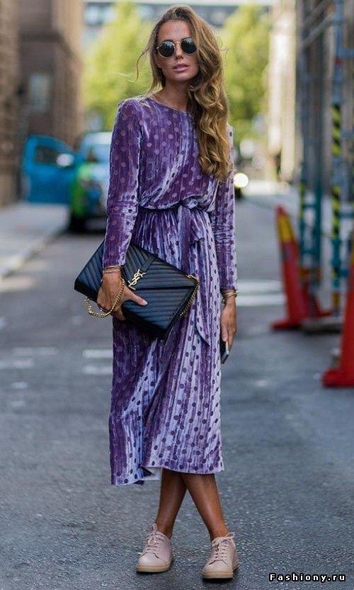 Lavender velvet polka dot dress, fashiony.ru.