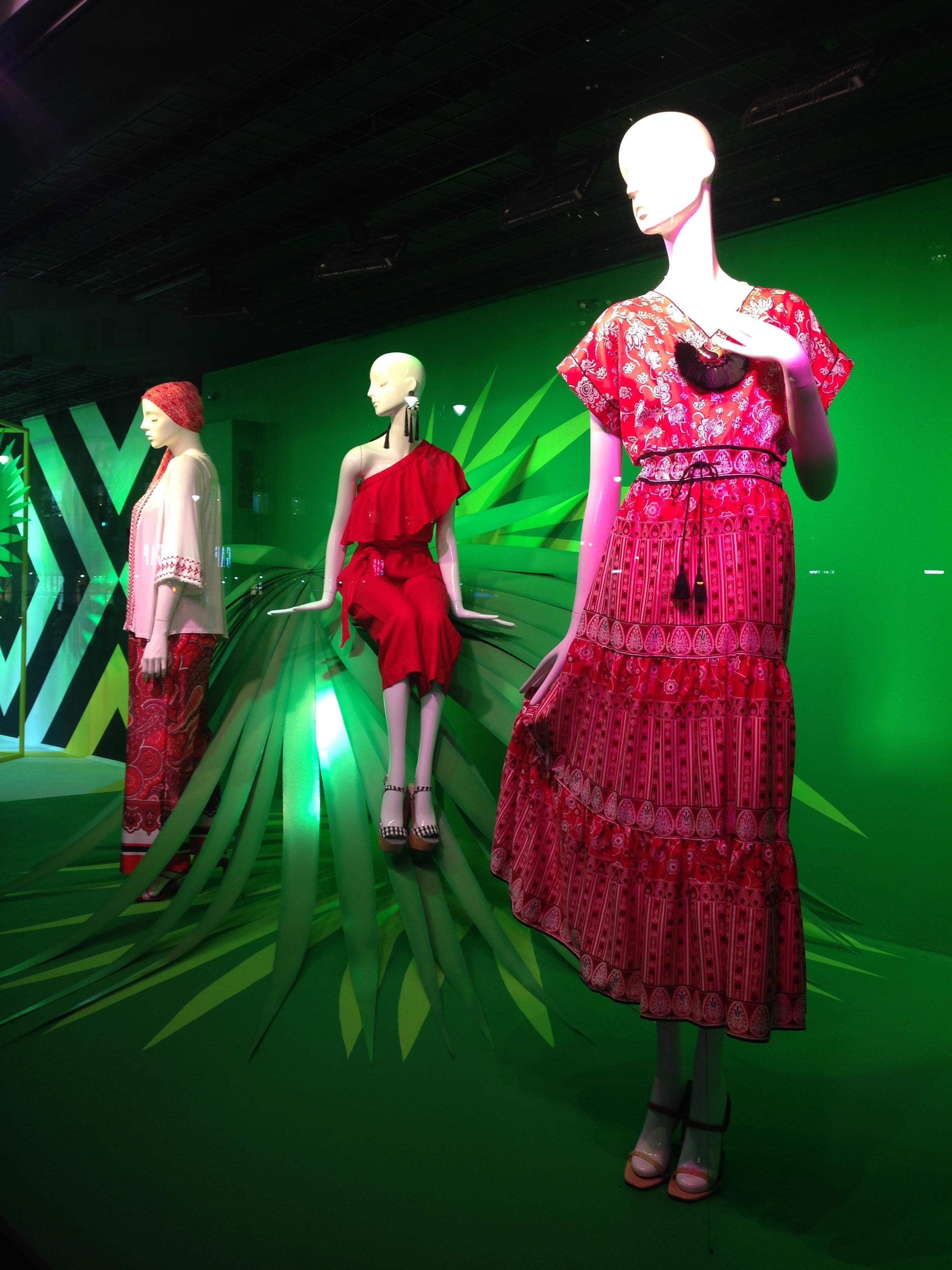 ^ Macys Fashion