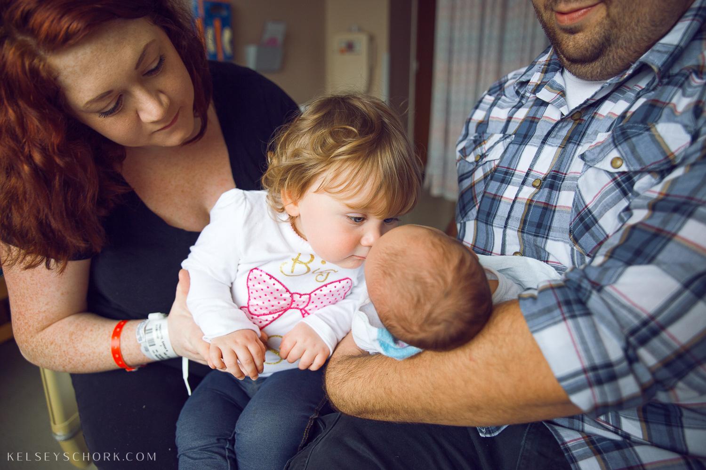 Hospital_newborn_sisters_buffalo-4.jpg