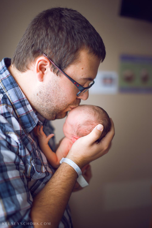 Hospital_newborn_sisters_buffalo-10.jpg