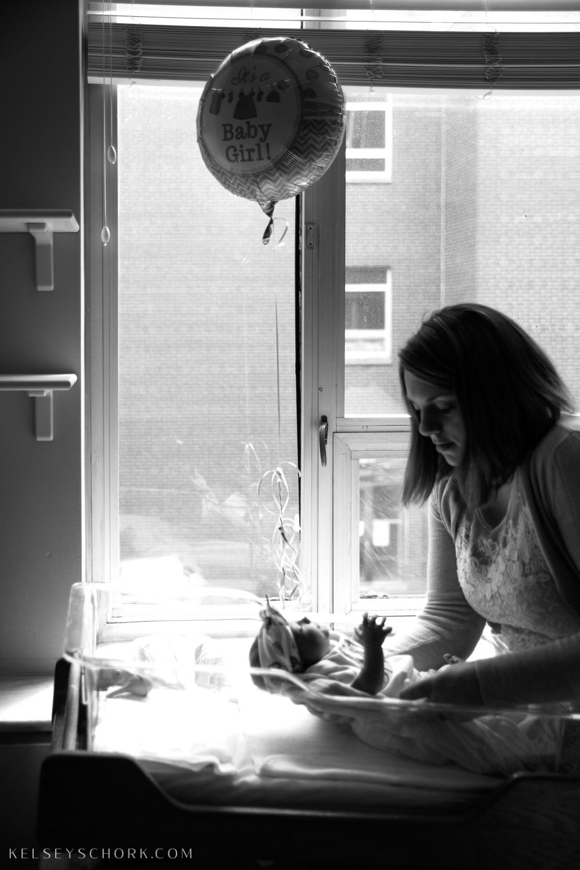 cora_sisters_hospital_newborn-15.jpg