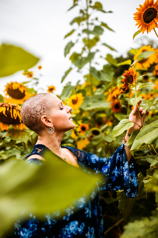 Steph_Sunflowers-10.jpg