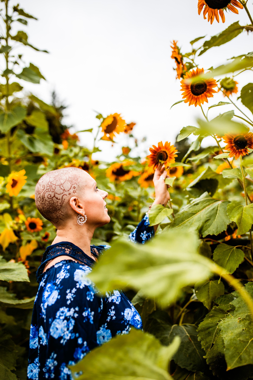 Steph_Sunflowers-11.jpg