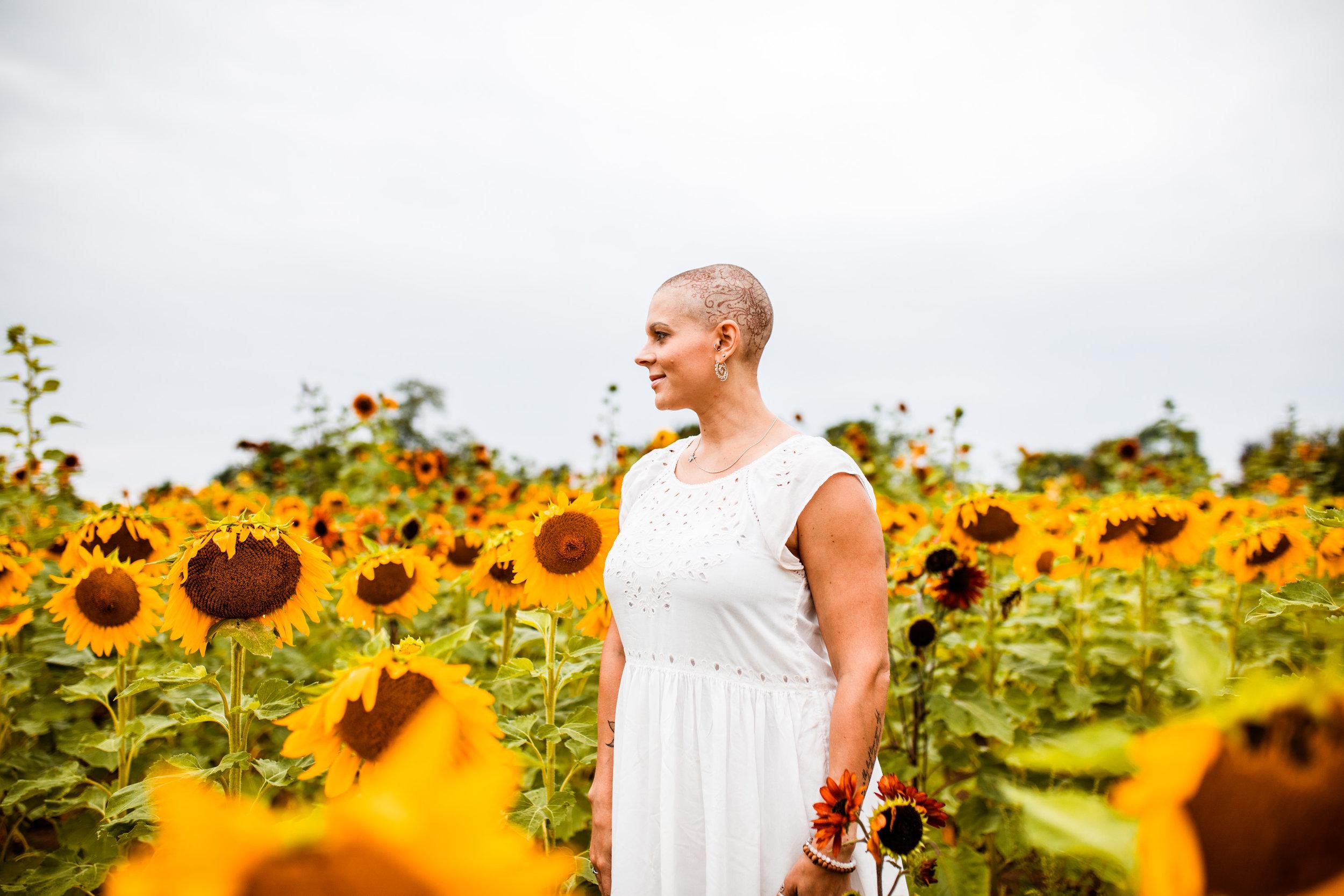 Steph_Sunflowers-30.jpg