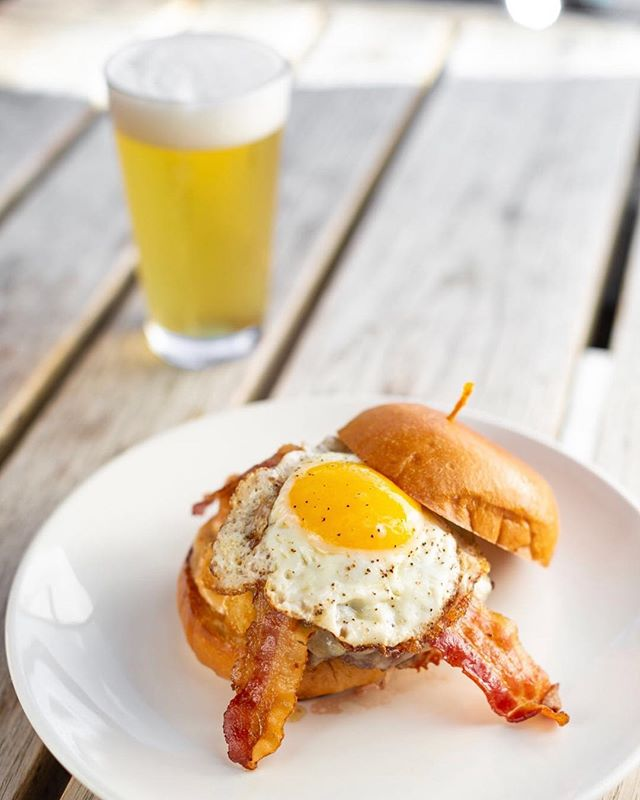 It's dreary and cold out, but we like to look at everything SUNNY SIDE UP! Pan fried egg on everything!!!!😍 . 📸: @sarahkingphoto.co