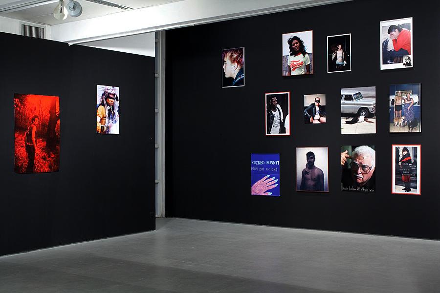 001_strange fruits - living room -Helena Rubinstain Pavilion-2010.jpg