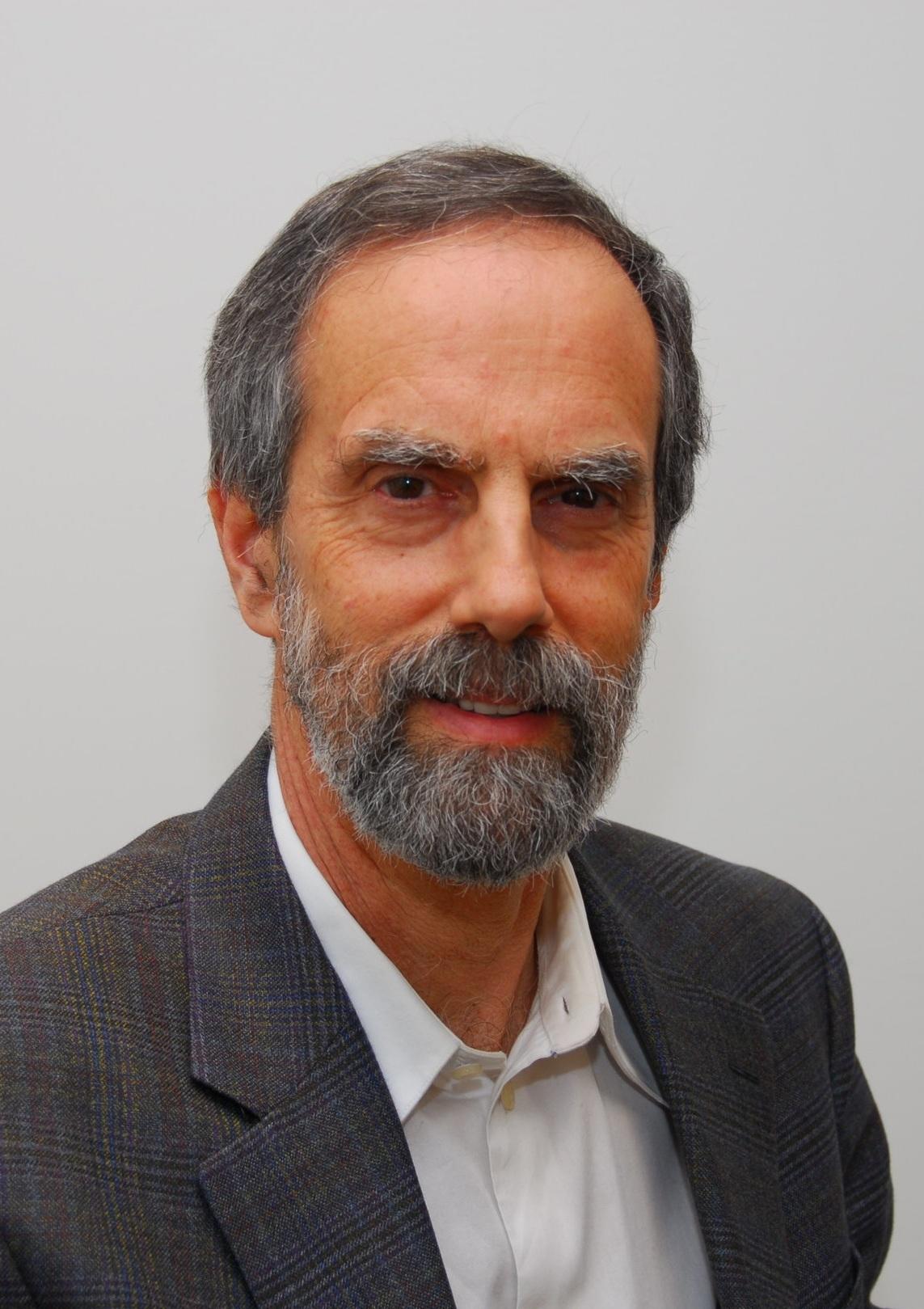 2004 Hall Laureate Dr. Morris Barer