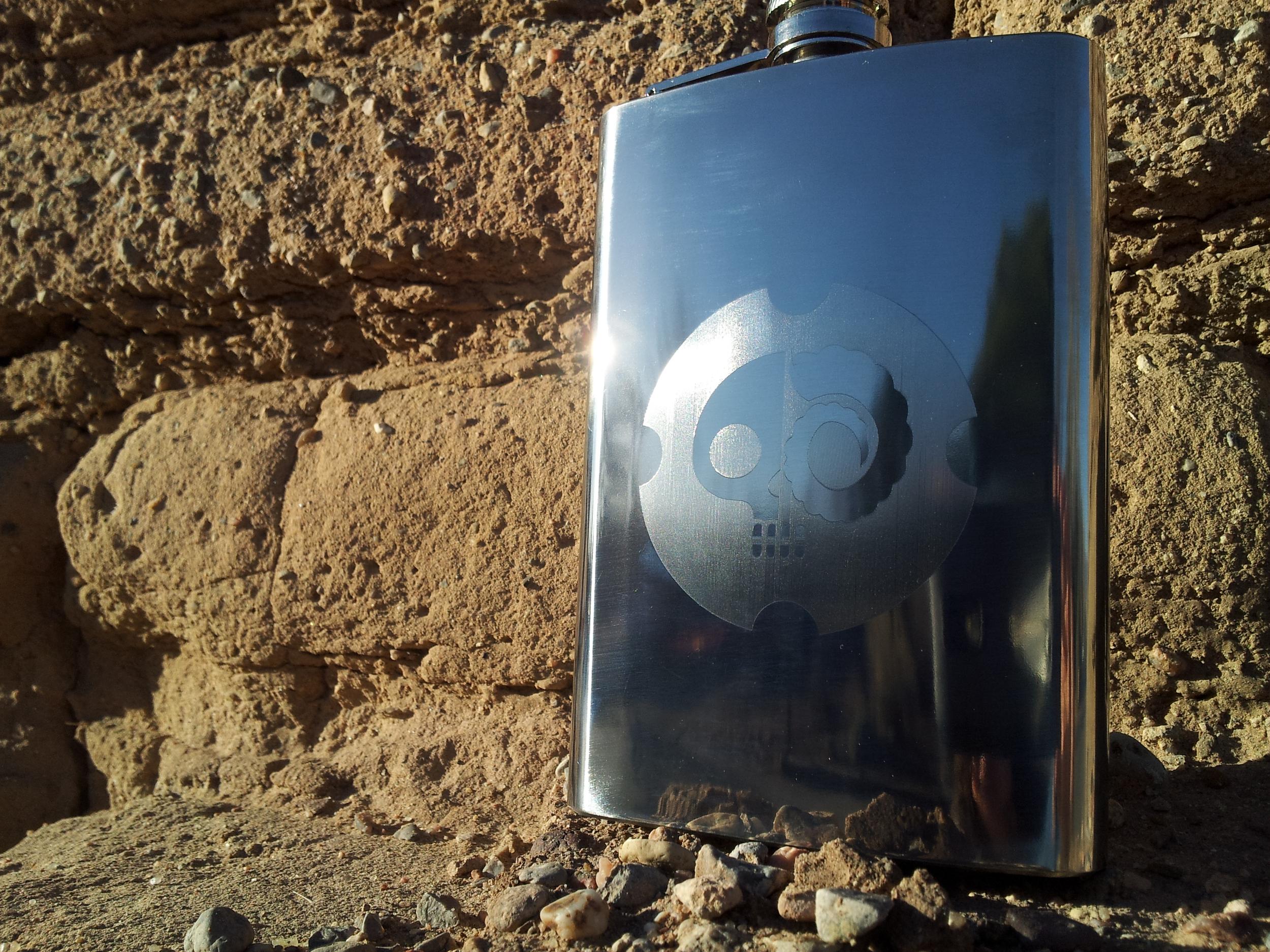 DrunkSkull flask [silver]