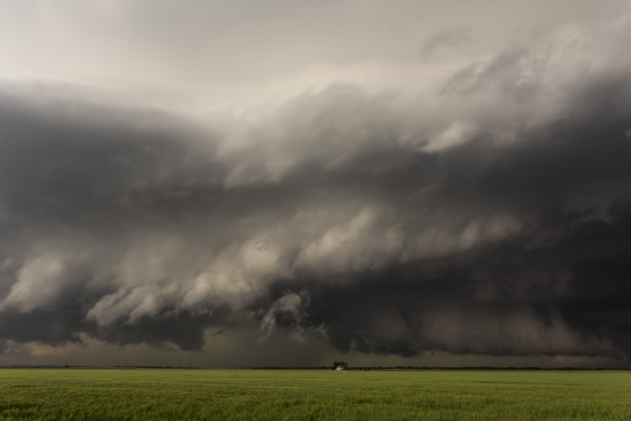 Supercell near Waurika, Oklahoma on May 7, 2014