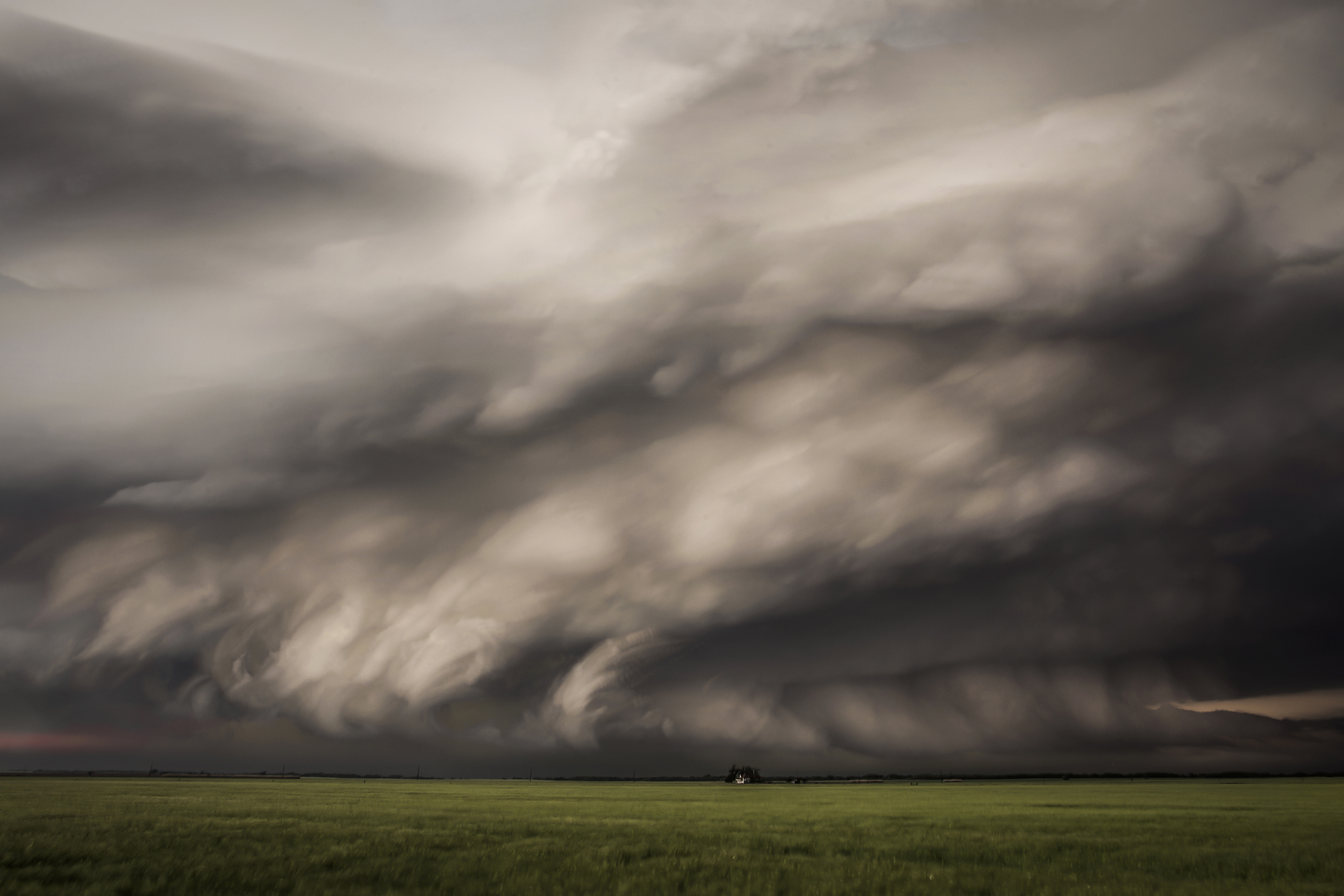 215 stacked images of the Waurika, Oklahoma supercell onMay 7, 2014