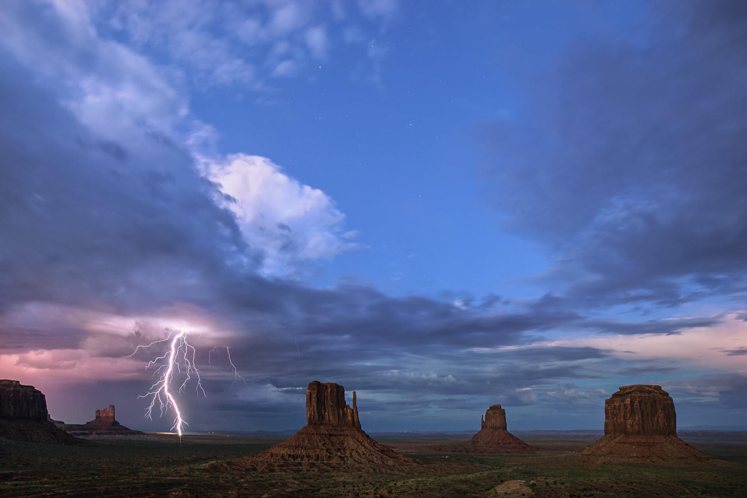 monsoon storm chasing