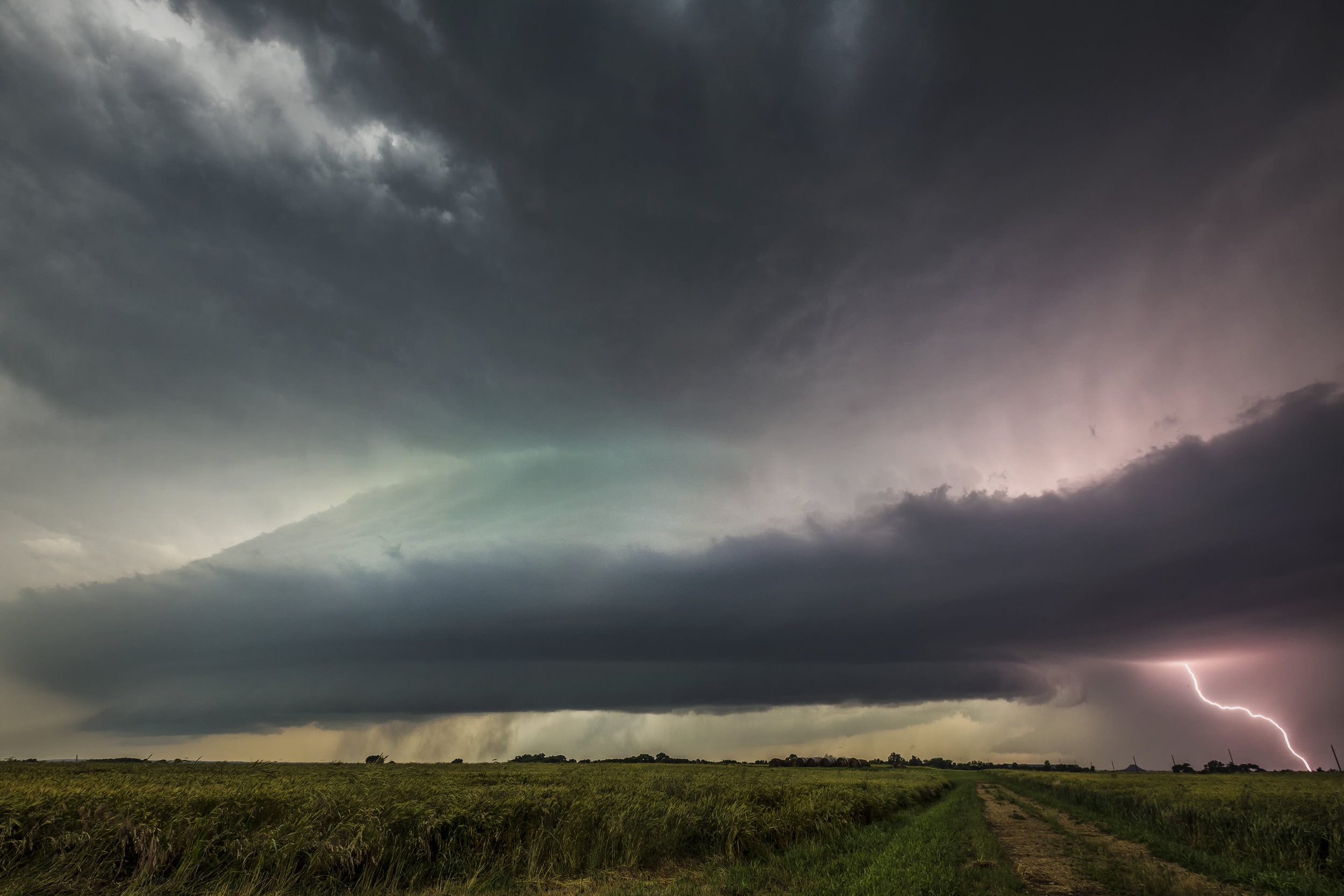 Mesocyclone and Smooth Channel Lightning - Enid, Oklahoma May 18, 2017.jpg