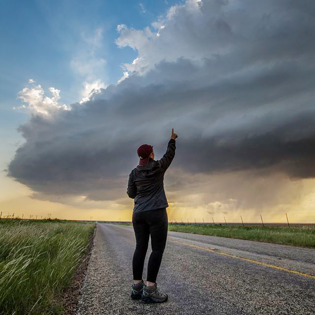 storm chaser tours