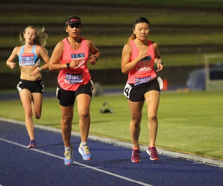 Silpa and Wendy on their way to 5000m pbs