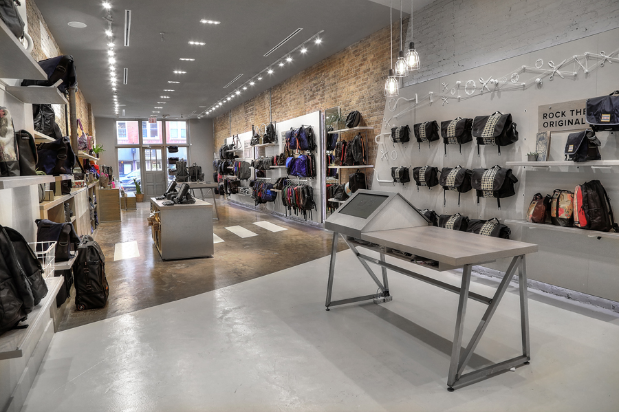 Timbuk2 | Chicago | 2014  Responsibilities: Overall Concept, Layout, Fixture Design, Materials, Fixture Documentation, Visualization