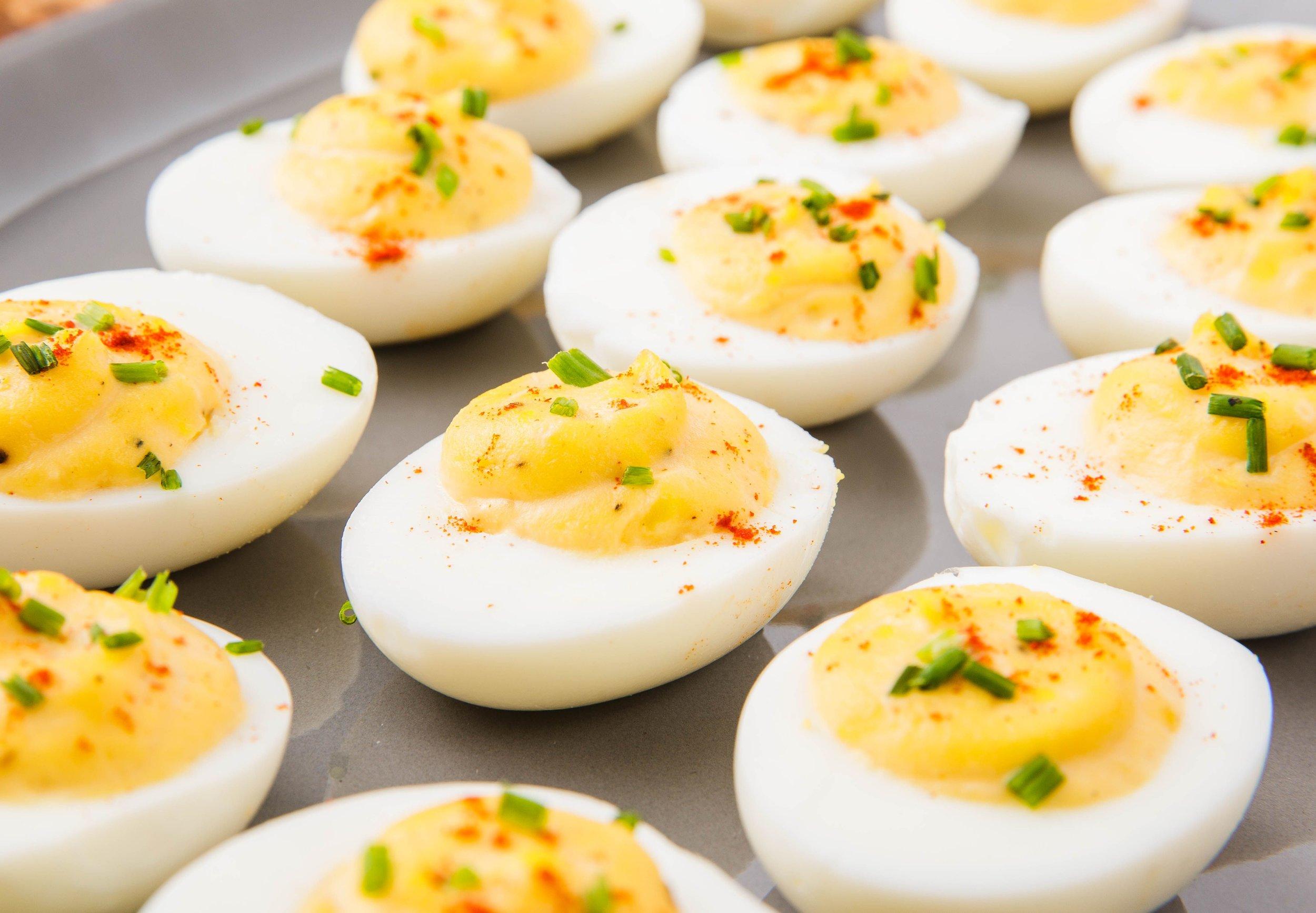delish-deviled-eggs-horizontal-1542055209.jpg