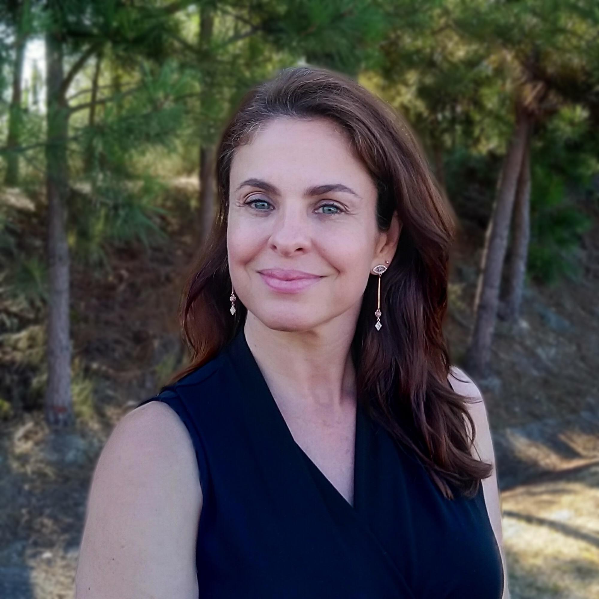 Dra. Andreia Torres