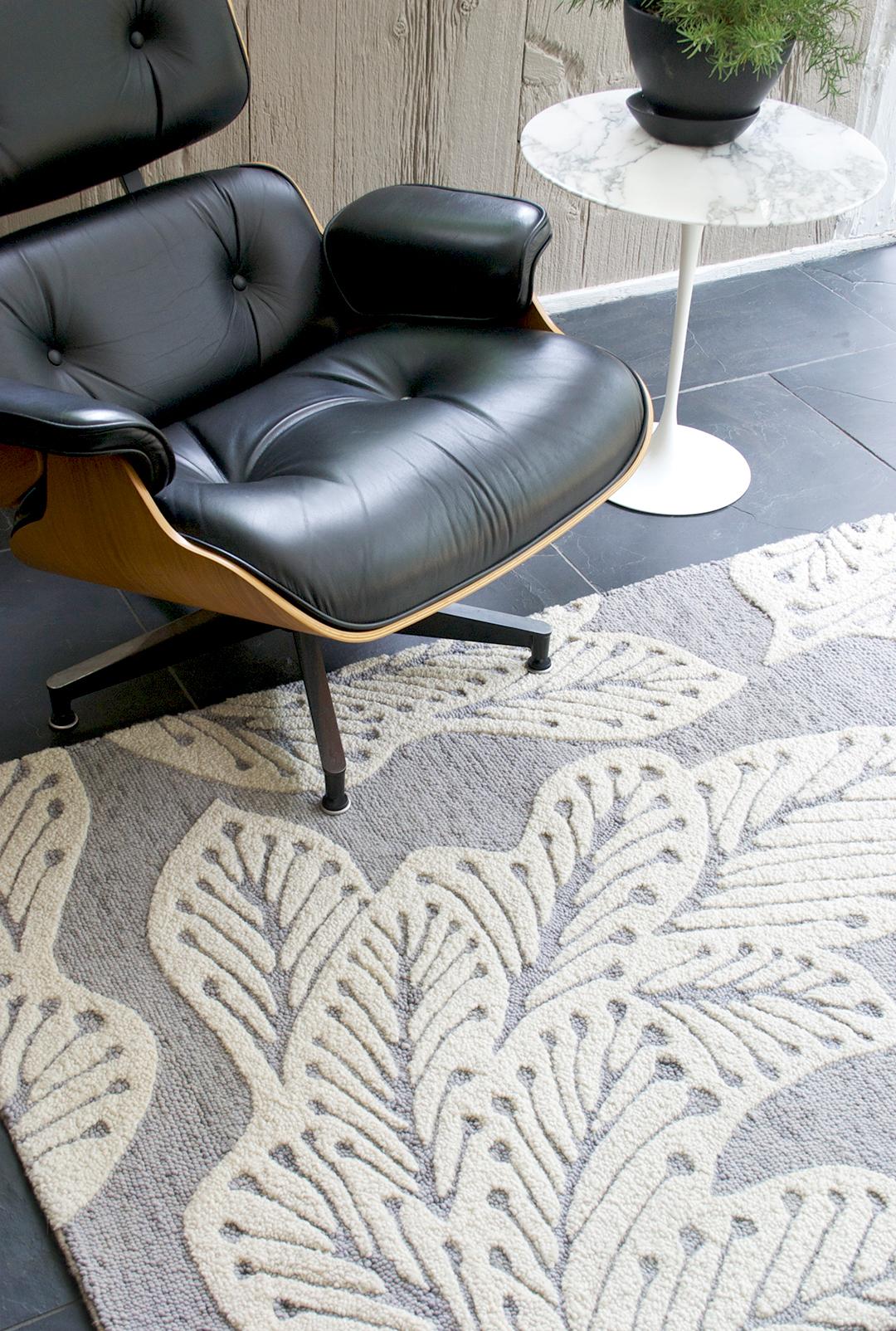 greay_leaf-chair.jpg