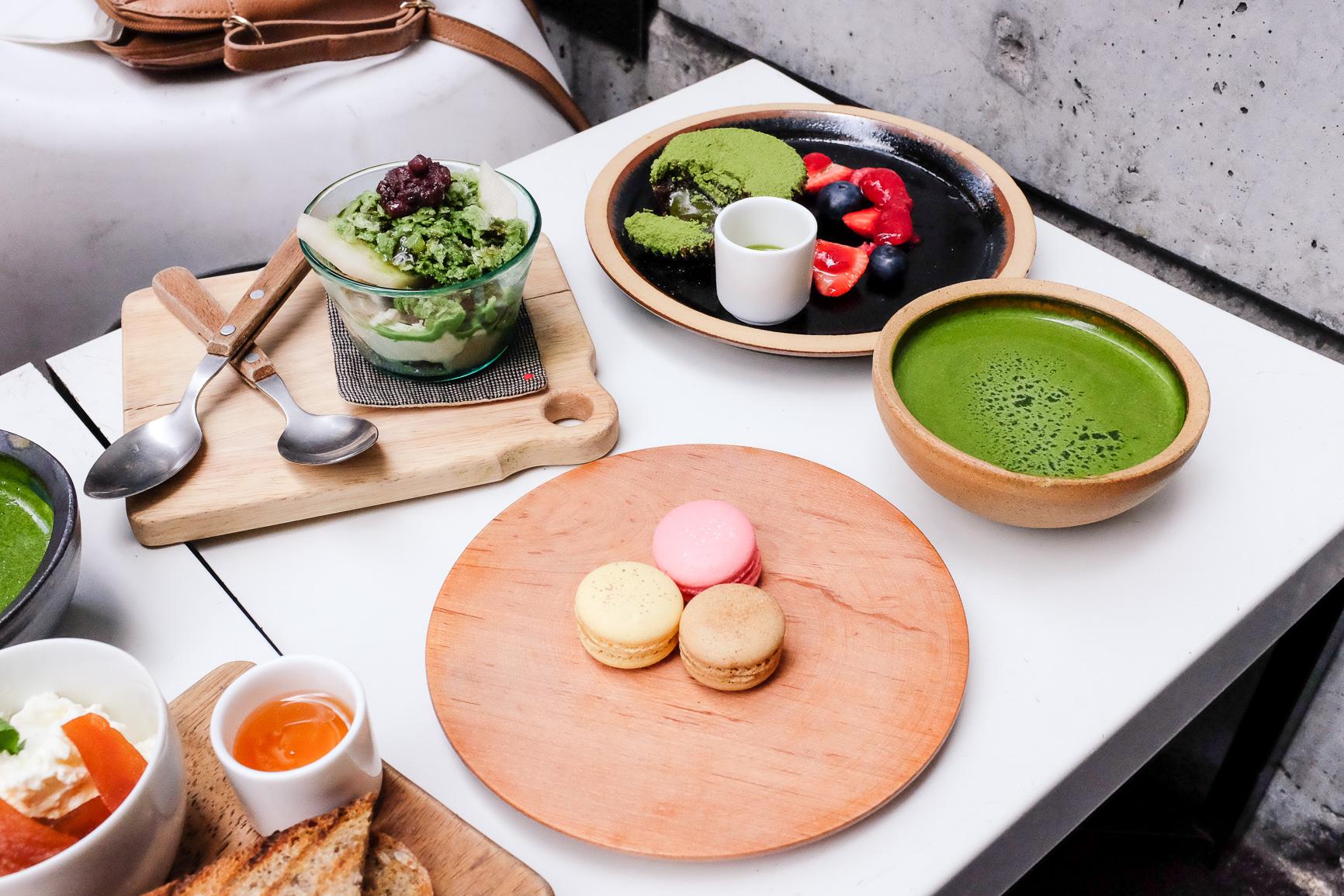 Kinako mochi, roasted green tea jelly, red beans and kuromitsu syrup ($9.50) and chai latte, yuzu and lemonade, lychee and raspberry macarons ($3.00ea)