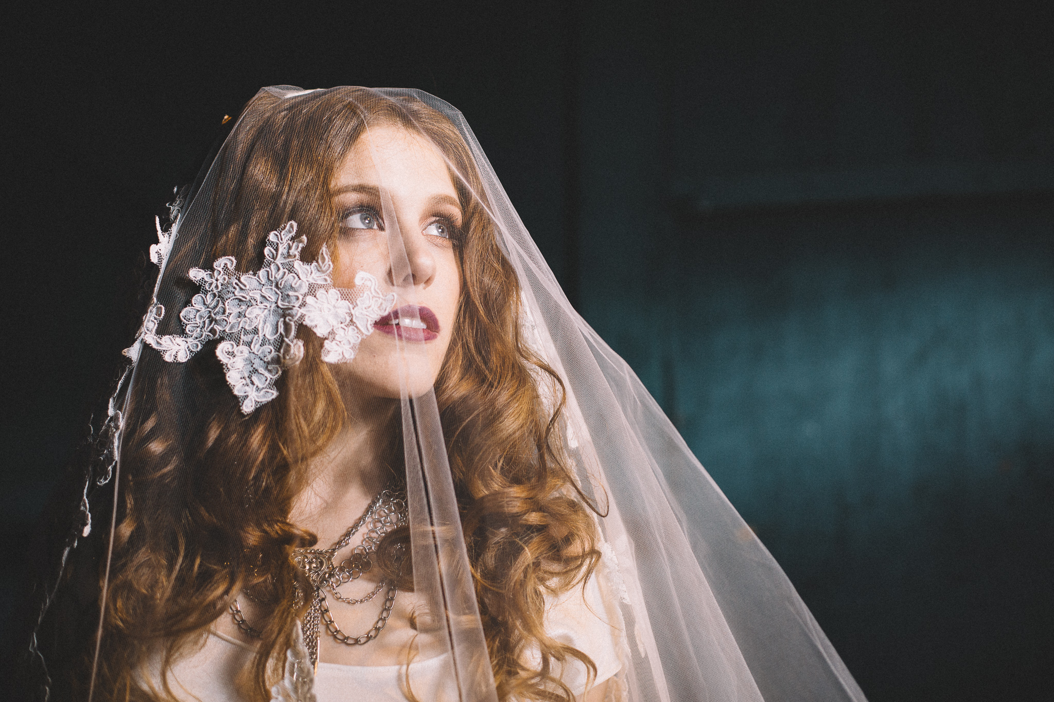 ashley in the  serafina lace veil  // photo by amanda kolstedt photography // hair by karen of iloveblush // makeup by bayla artistry