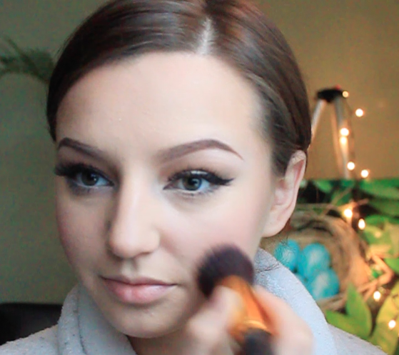Step 10) Apply blush on the apples of the cheeks. I'm using NARS blush shade in 'Outlaw'.