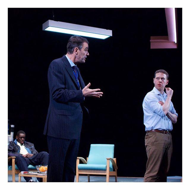 Blue/Orange / Production / 📷 MJeffers / 💡 Azusa Ono / 2019 #setdesign #setdesigner #theatre #theatredesign #theatredesigner #joepenhall #stage #productiondesign