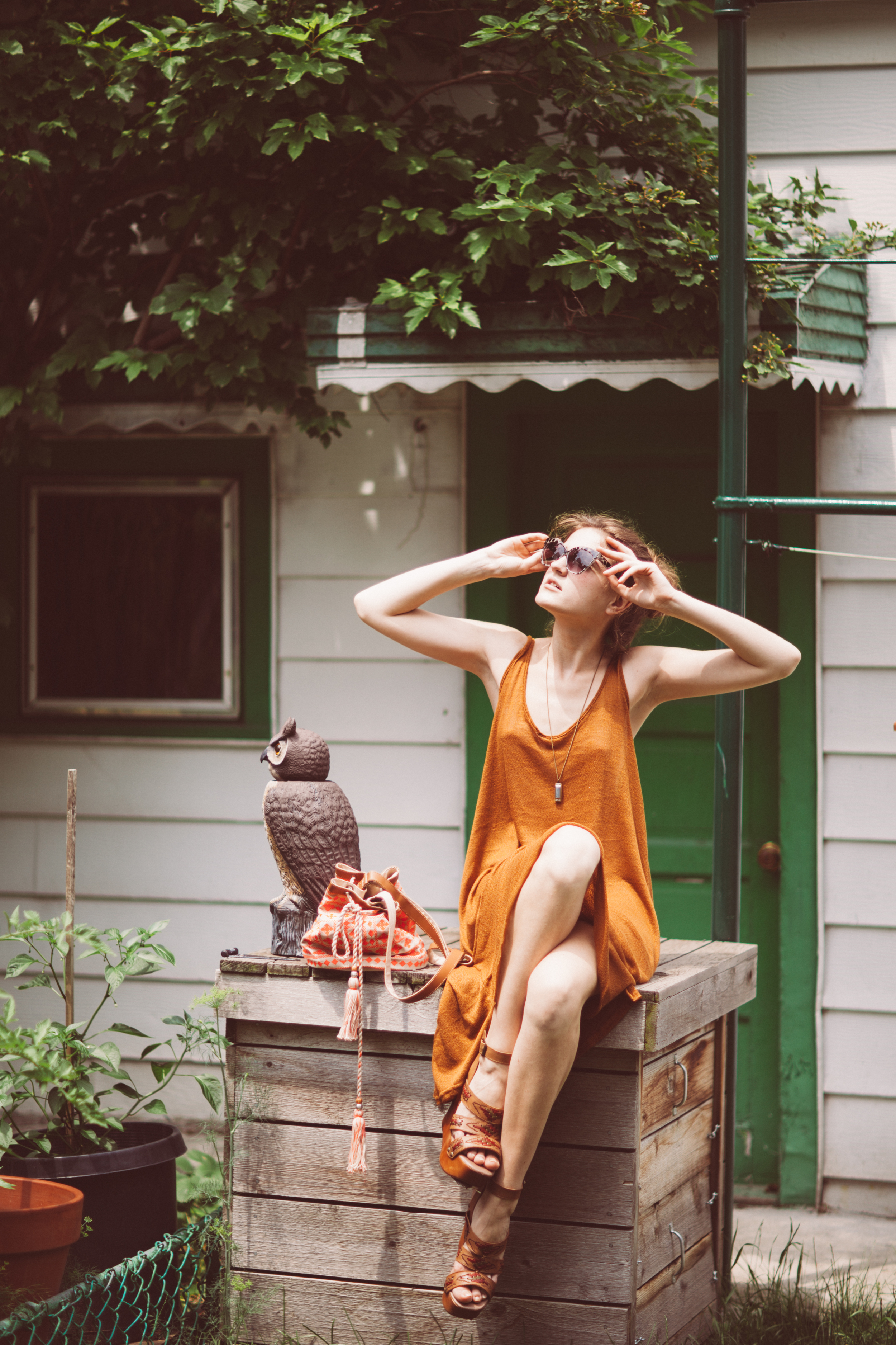 Backyard lifestyle photography Chicago by The Finches