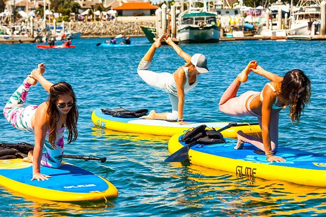 """""""It is not how much we have, but how much we enjoy, that makes happiness.� -Charles Spurgeon @glidesup @visitoxnardca @channelislandsharbor @steelcutproductions #glidesup #glodeyoga #supyoga #supyogagirl #seadogyoga"""