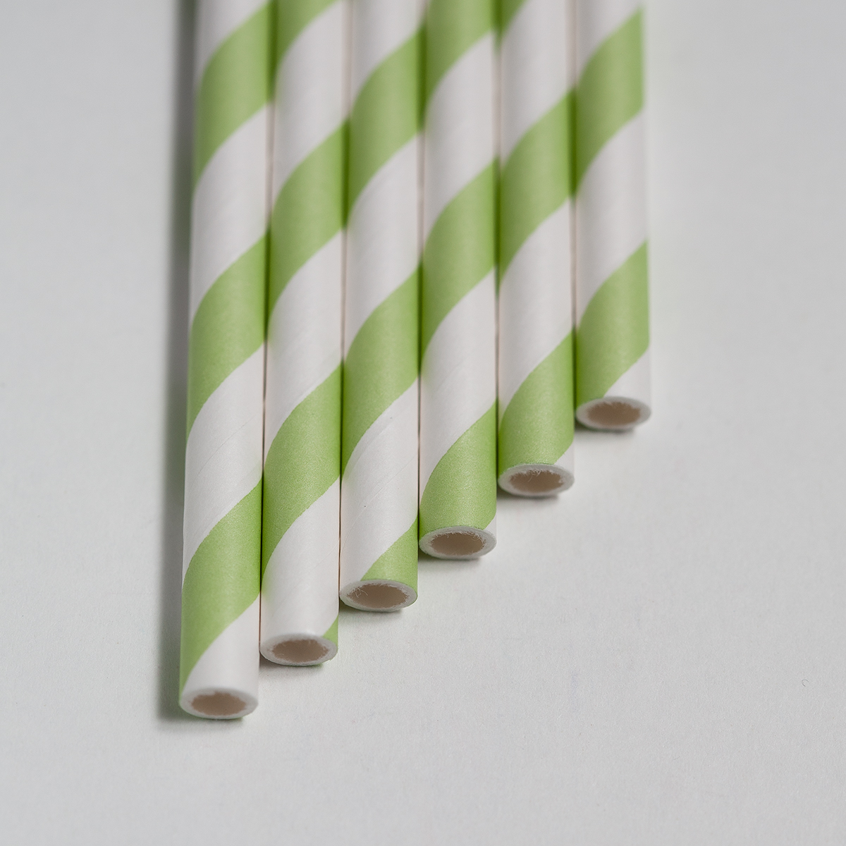 Light-Green-Stripes-Cake-Ball0003.jpg