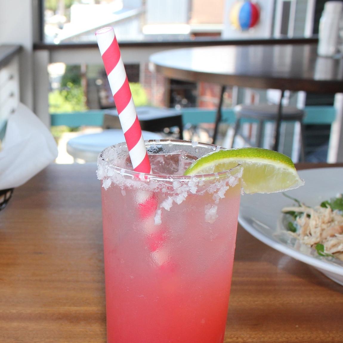 """7.75"""" Striped Giant Straw"""