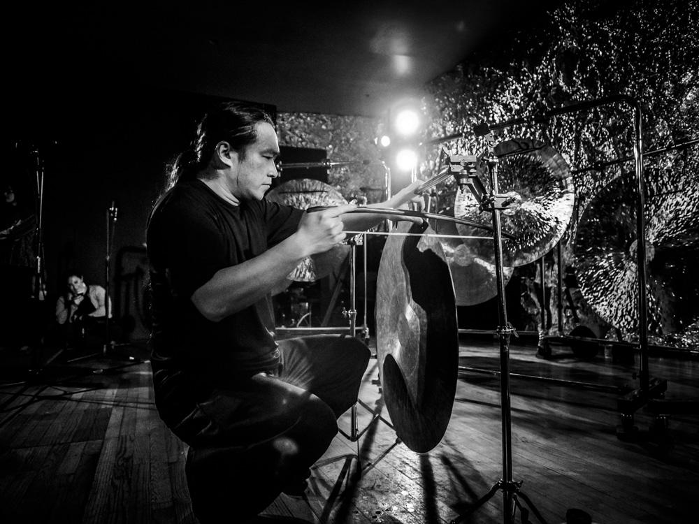 ISSUE Project Room presents Nakatani Gong Orchestra (March 18) Source:Tatsuya Nakatani / Nakatani Gong Orchestra by Peter Gannushkin, downtownmusic.net