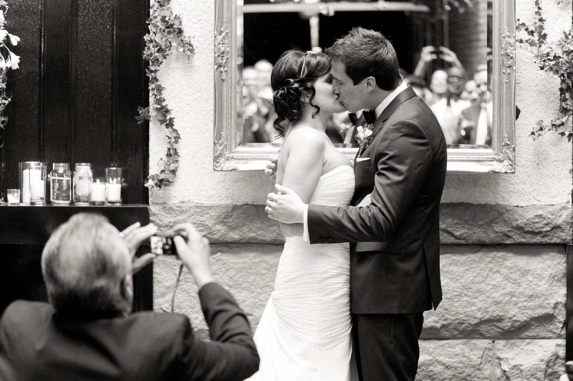 Vancouver Wedding Photographer_003.jpg