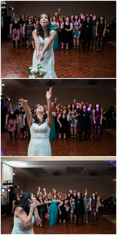bouquet toss - texas wedding