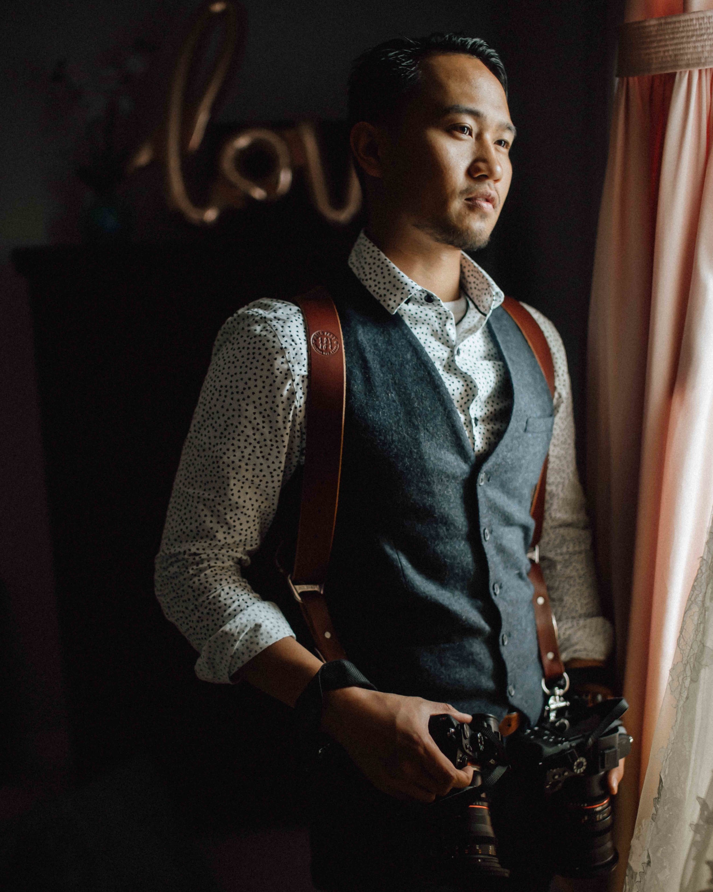 Hello there, - I'm Aaron and I have a love for love. An urge to capture and learn from the purest of emotions. A drive to craft your love story into a fine art wedding film and share your version of love with the world.I film your wedding storiesAnd write about that love