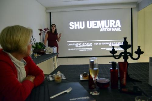 ino-shu-4-audiovisual-red-erica.jpg