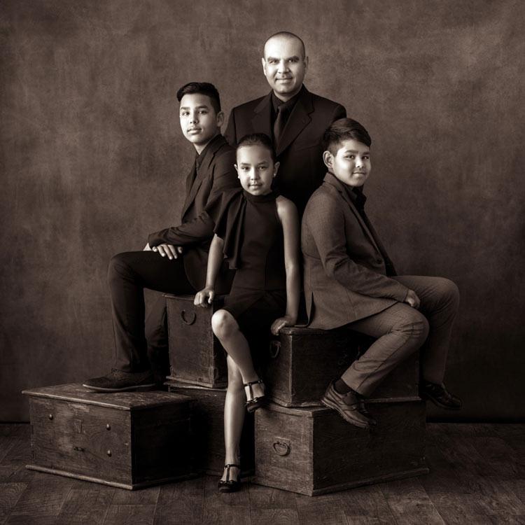 Family Portrait Photographer Los Angeles-1067.jpg