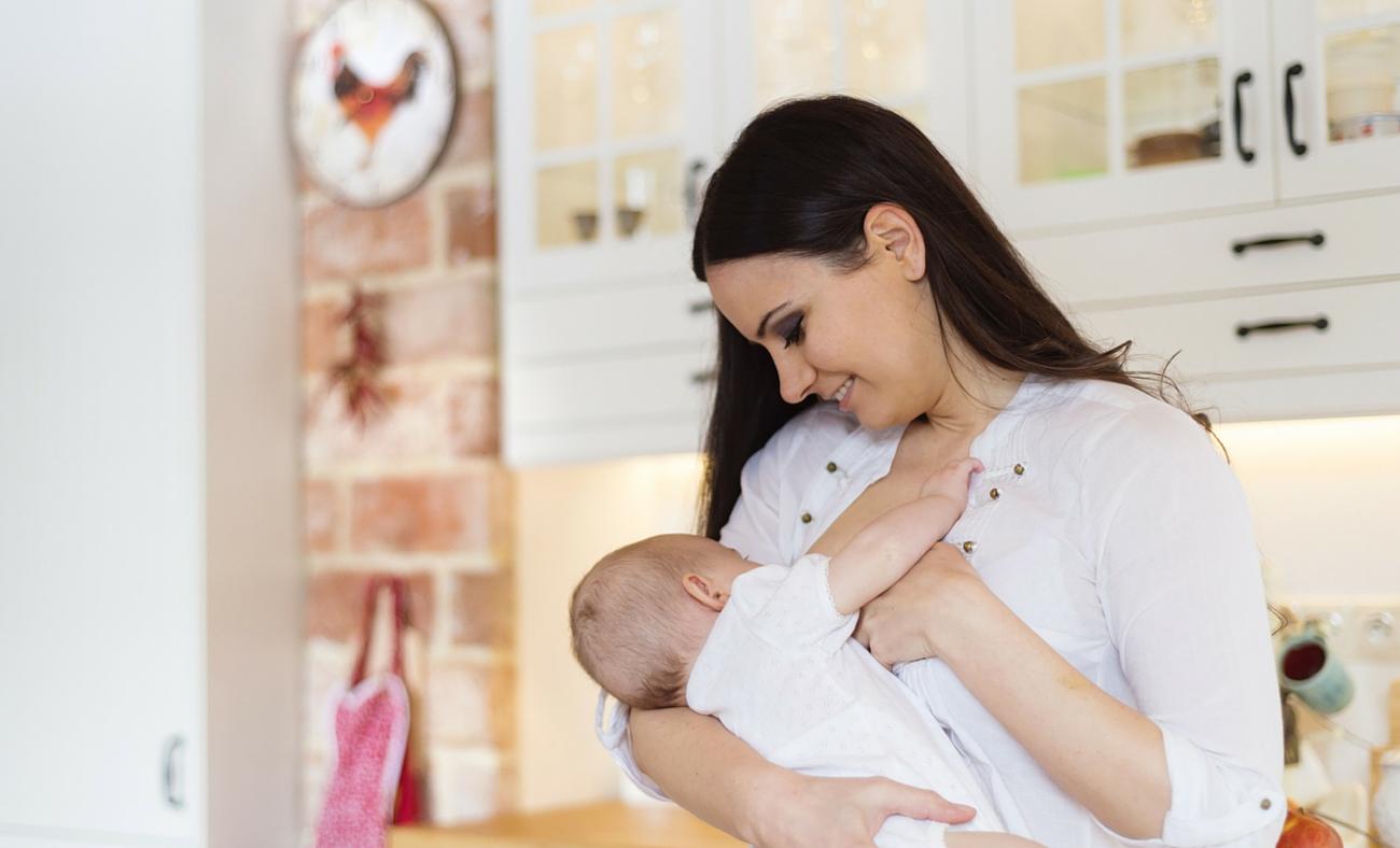 Breastfeeding Career Mom