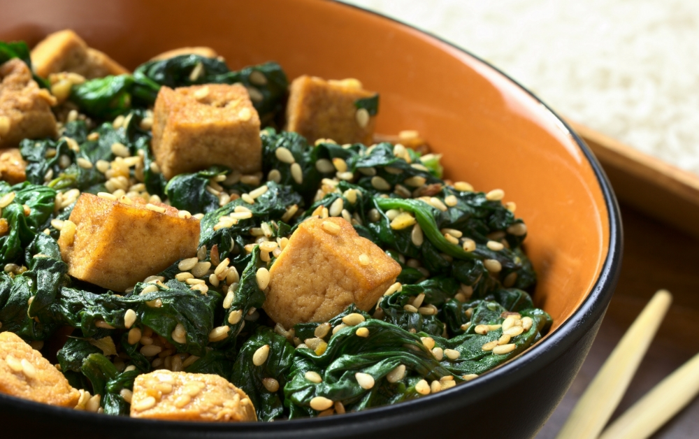 tofu and spinach in garlic sauce