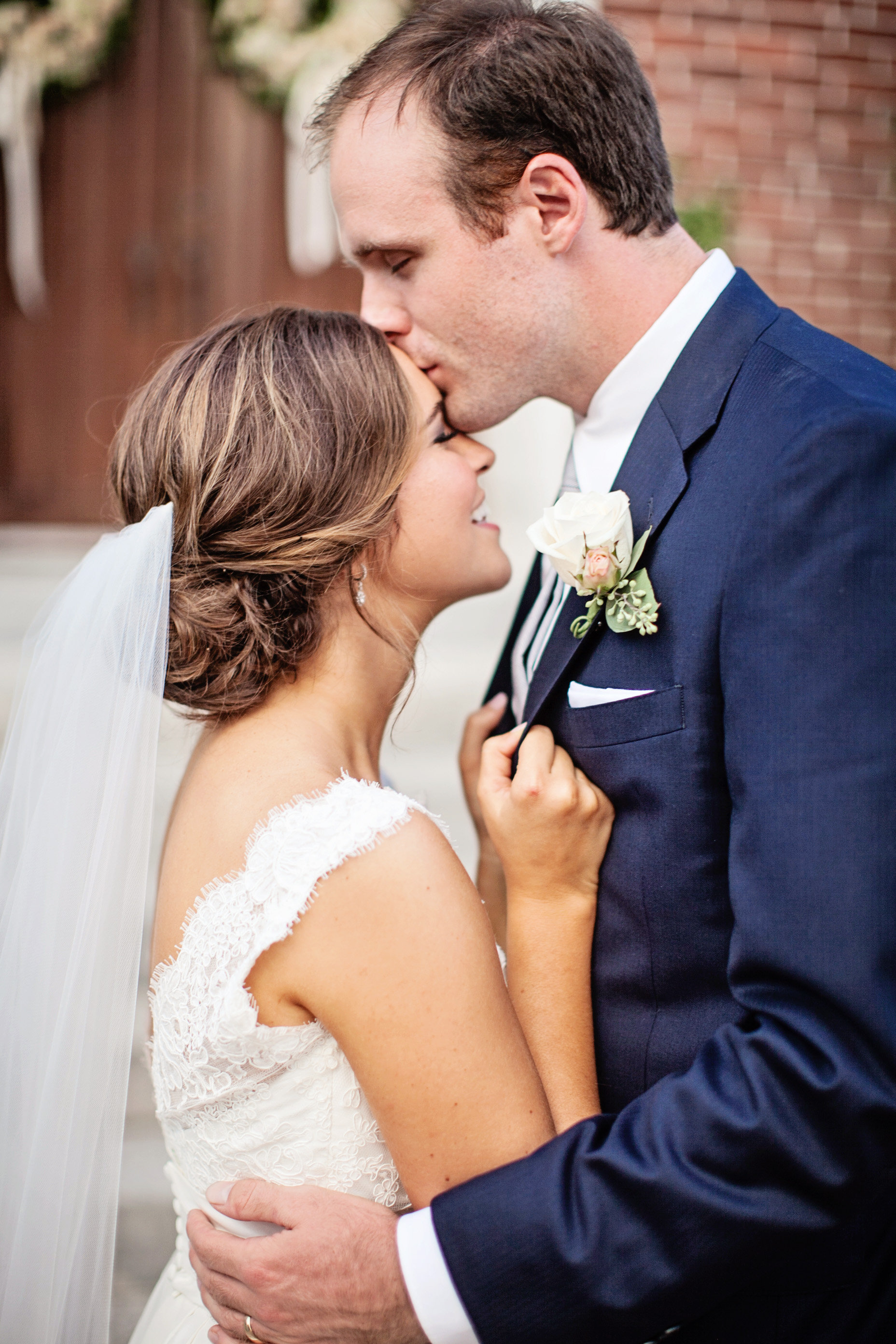 Katie Chris-Mr and Mrs-0172.jpg