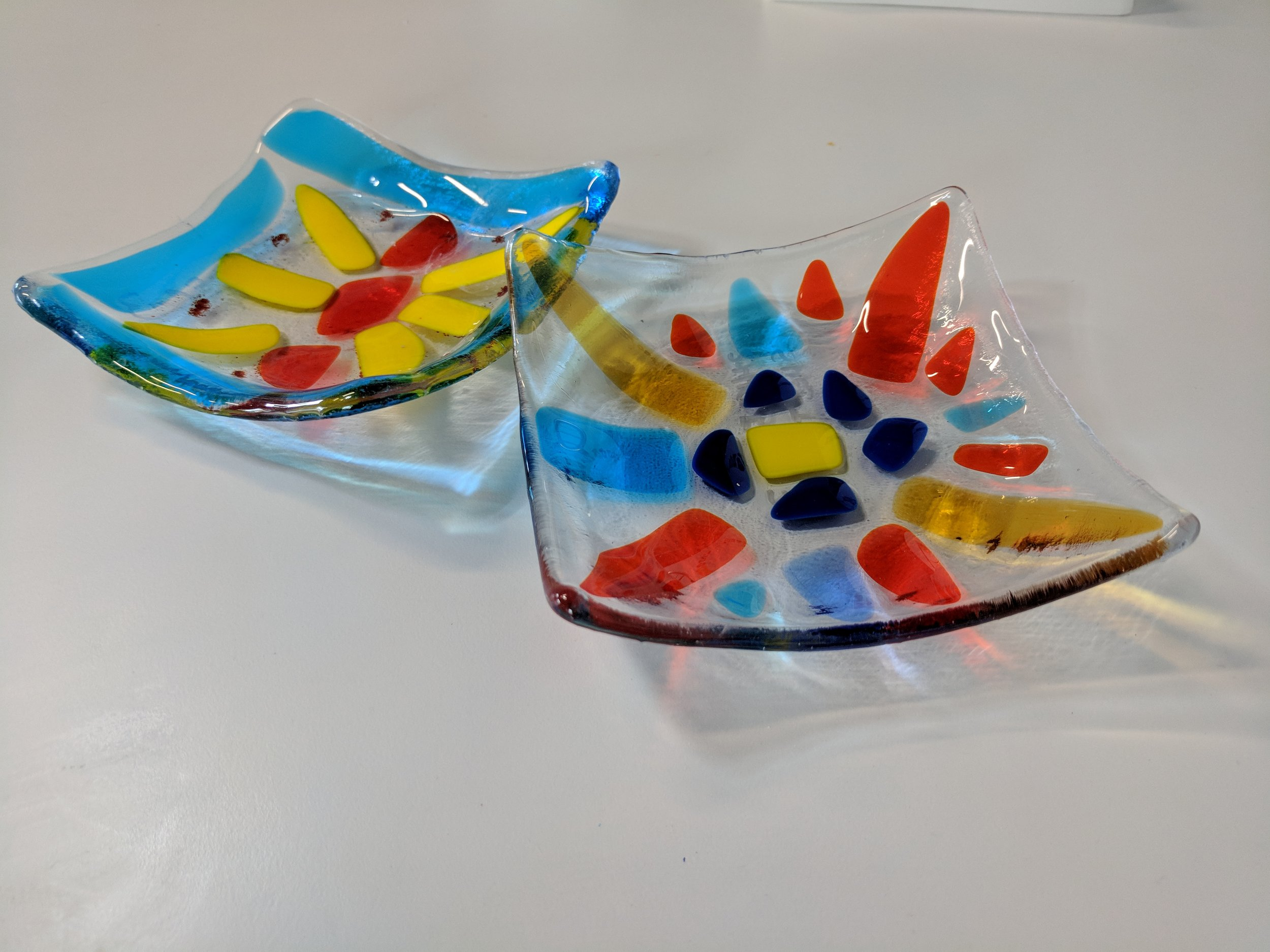 Glass Fusing!Break it & Make it. - Break it and Make it - A Glass Fusing workshop is an ideal journey for the beginner and for those who have taken beginning glass fusing classes in the past and would like to refresher lesson. With step by step instructions, you will learn how to break glass and to make an eight-inch beautiful contemporary fused glass basket or plate with fused and slumped glass techniques. Join us today.Length: Two to Three HoursMedium: ClayActivity: CeramicVenue: Your place or our studioSupplies: All supplies included.