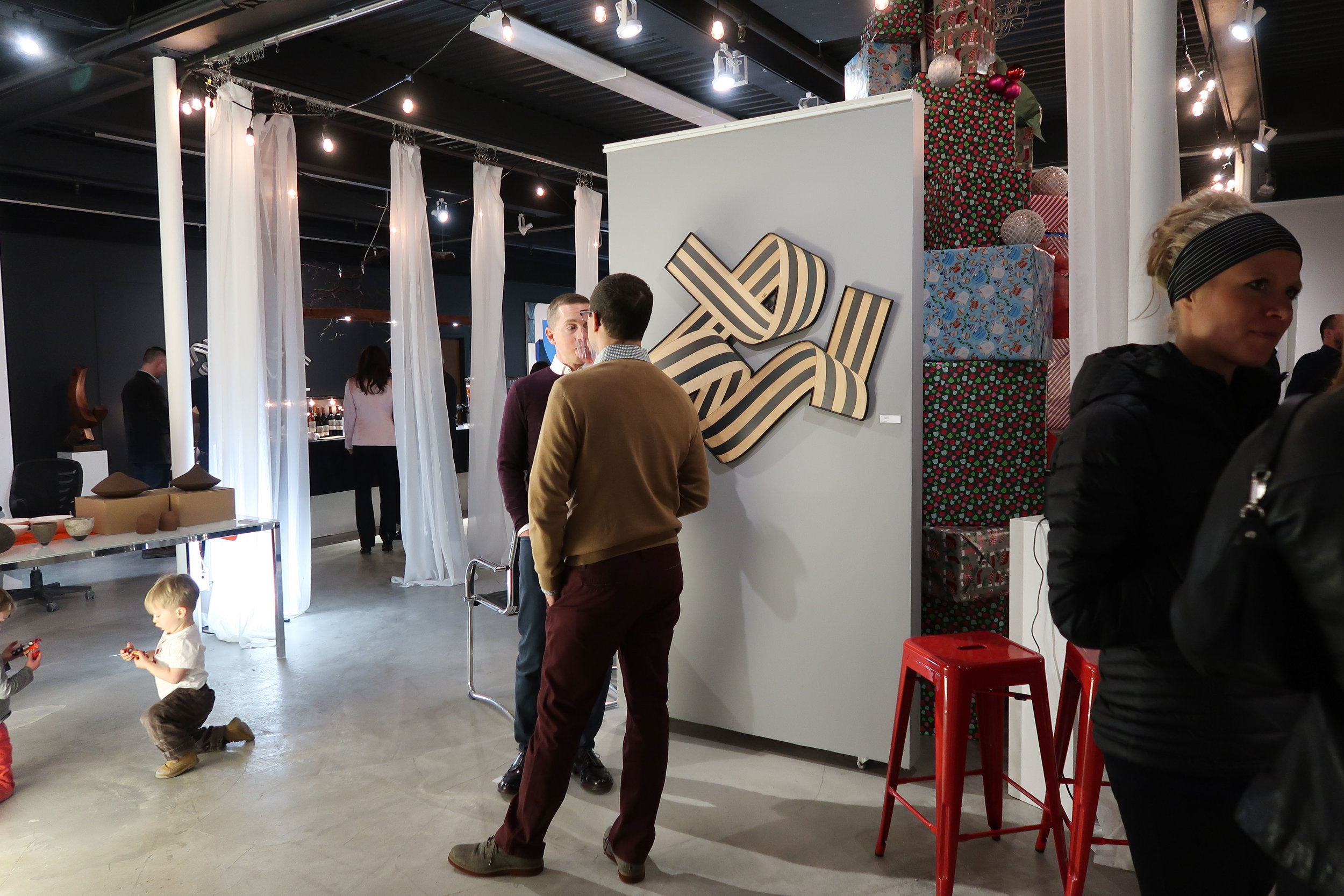 2017-12 Loczi Design Opening-3.jpg