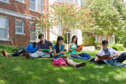students_campus.jpg
