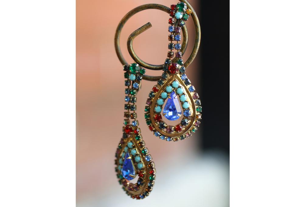 Multi+Colored+Rhinestone+Pear+Shaped+Vintage+Earrings_04.jpg