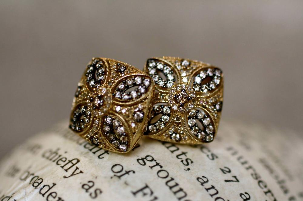 Diamond+Millsgrain+Cufflinks.png