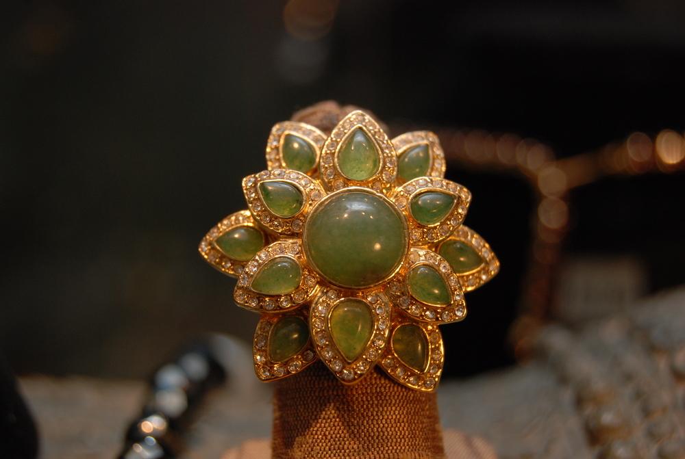 Jade+&+Rhinestone+Flower+Vintage+Ring_01.jpg