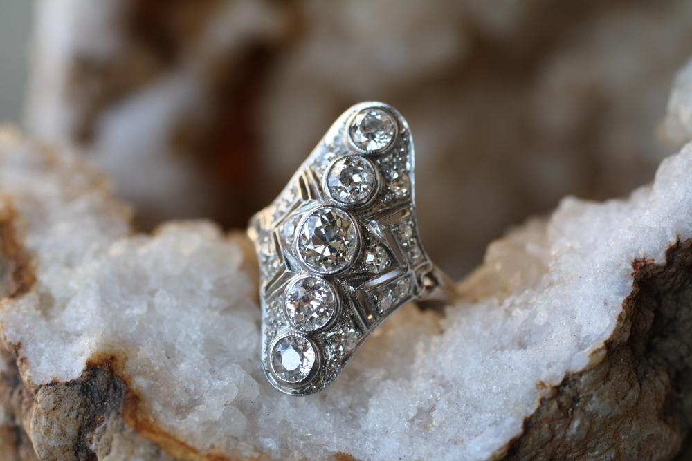 Vintage+5+Stone+Diamond+and+WG+Ring_15.jpg