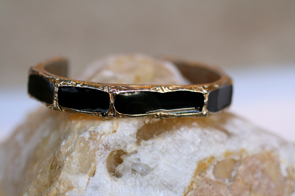 Bamboo+Black+Enamel+Gold+Plated+Vintage+Cuff_07.jpg